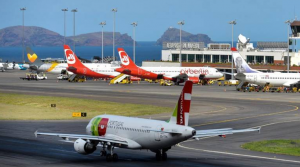 Funchal airport busy