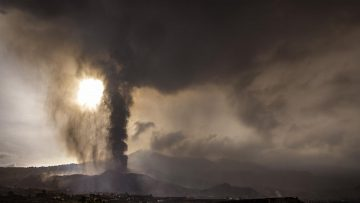 Volcanic gas cloud