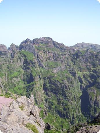 madeira news blog 0907 elaine pico ruivo from pico do arieiro