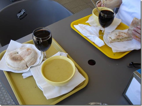madeira news blog 0912 martin Cheap lunch at The Lido