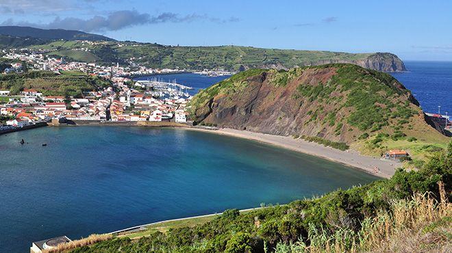 Porto Pim beach, where marine plastic accumulates