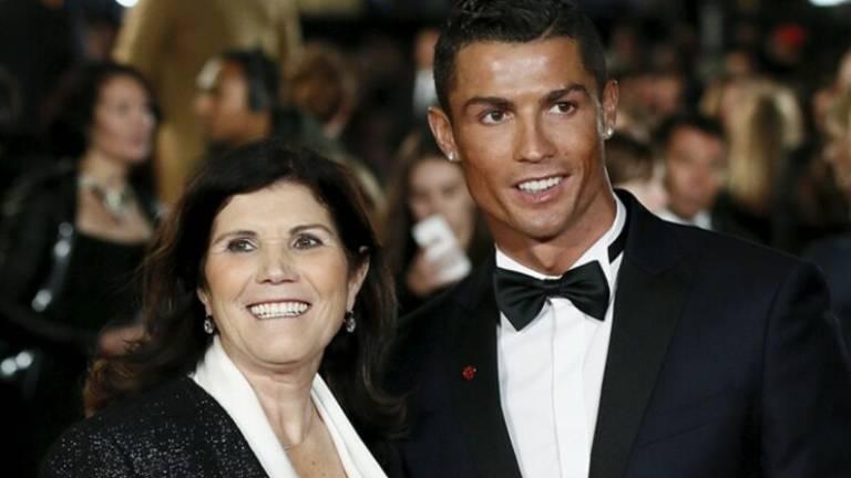 Ronaldo with his mother Delores Aveiro