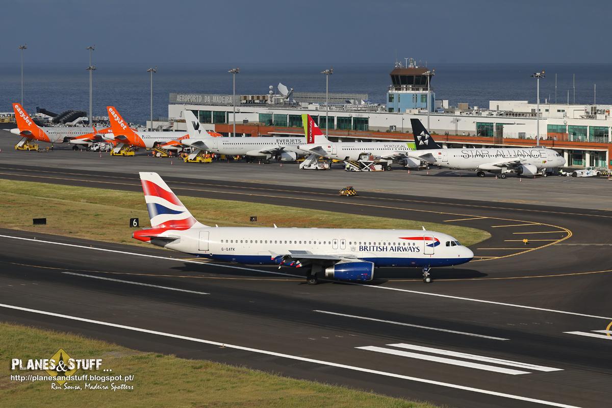 BA and easyJet planes at Madeira airport