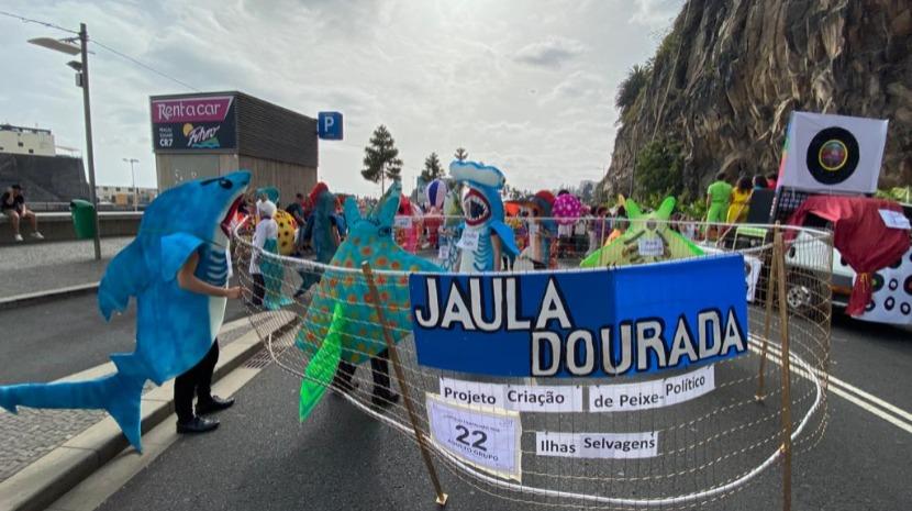 Jaula Dourada in Trapalhão parade